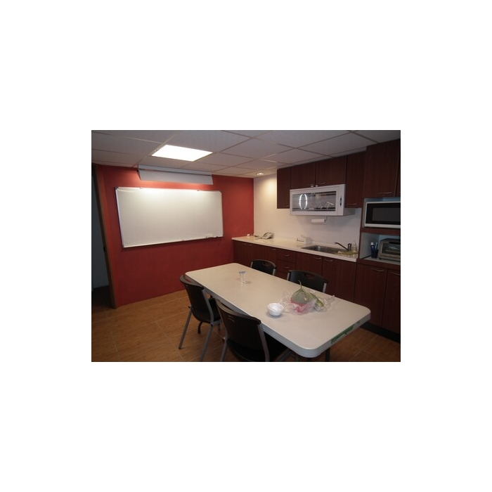 幼儿园老师用餐室